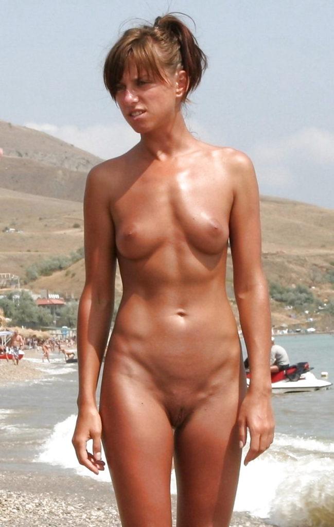 Naturystka na plaży