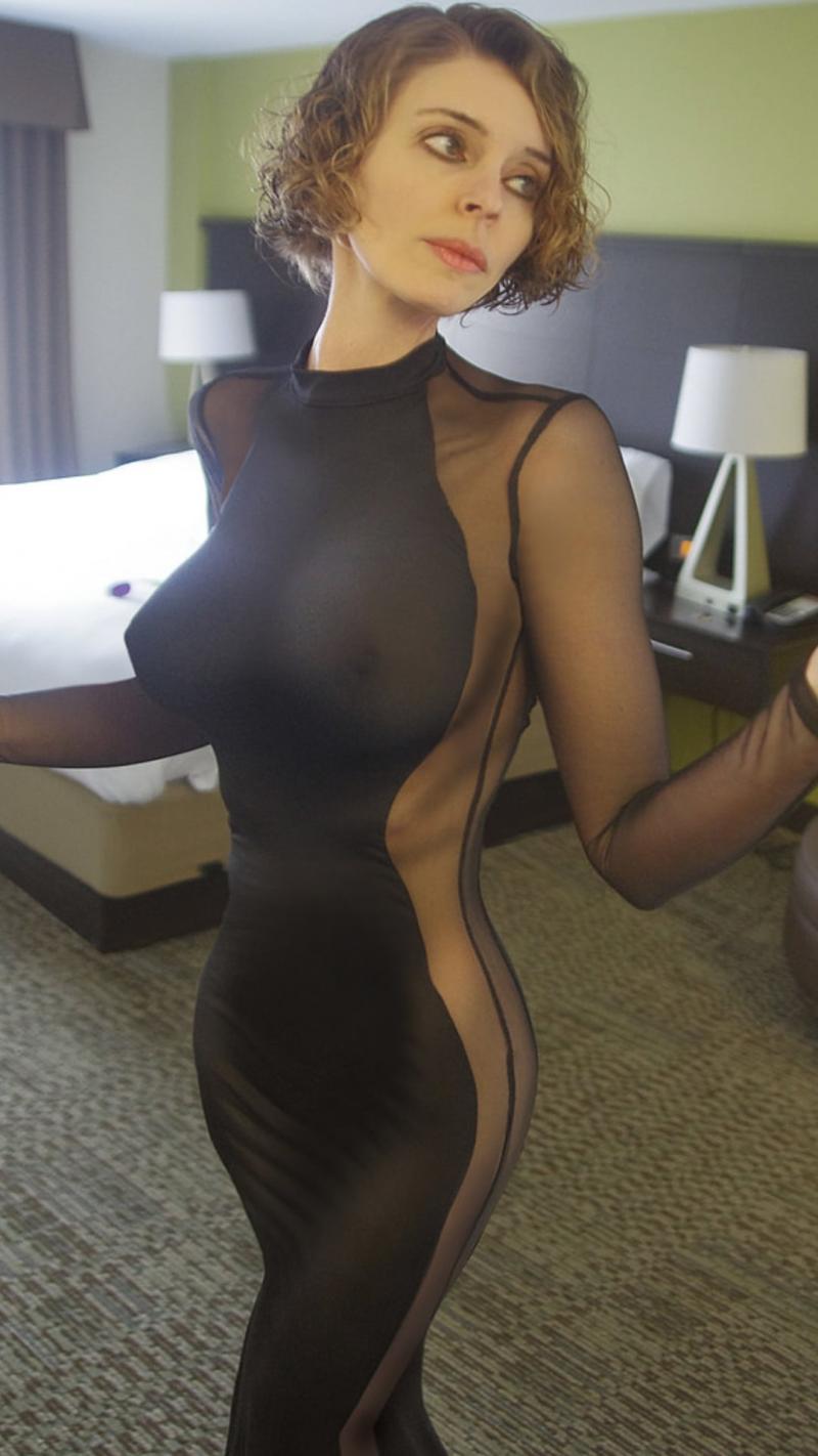 Mamusia w seksownym stroju