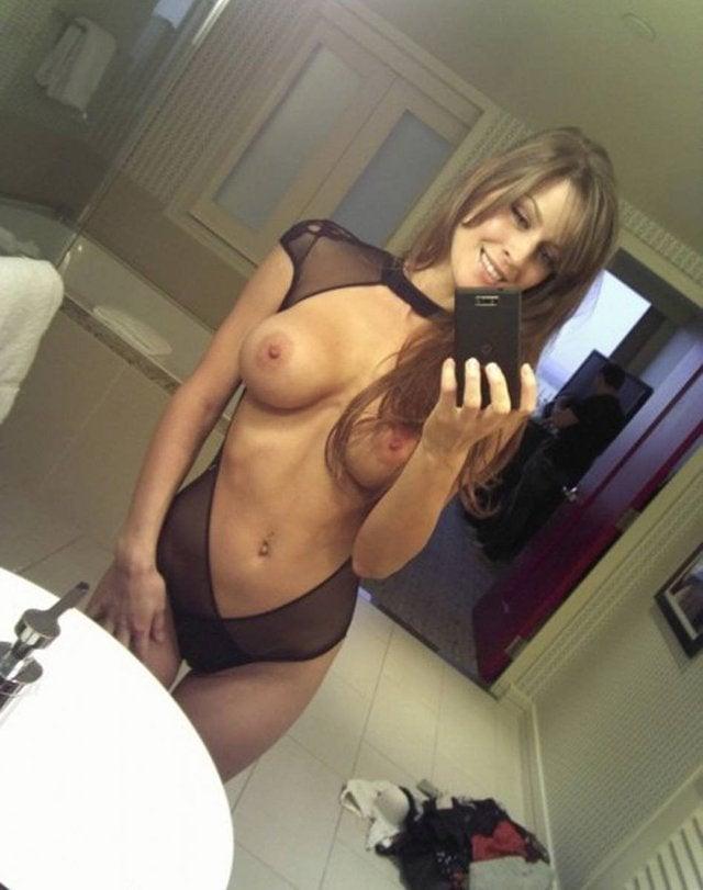 Mamuśka z cudownymi piersiami