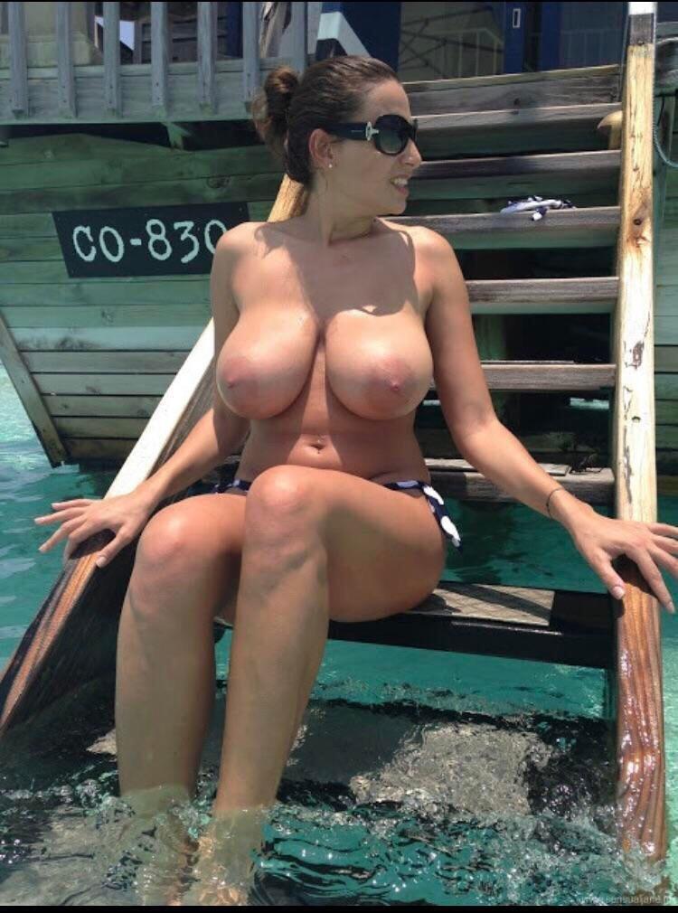 Cycatka na basenie