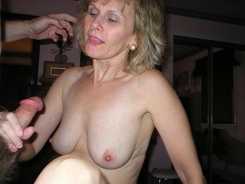 Mama zabiera się za drąga